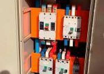 Empresas de instalação de painel de comando elétrico