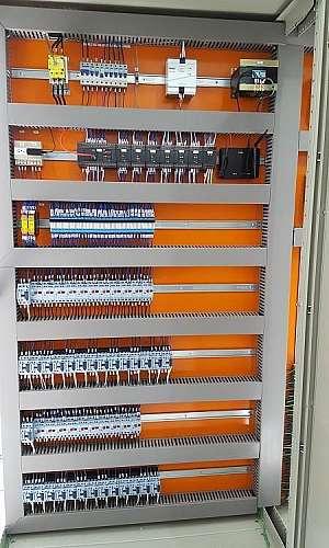 Painéis elétricos automação